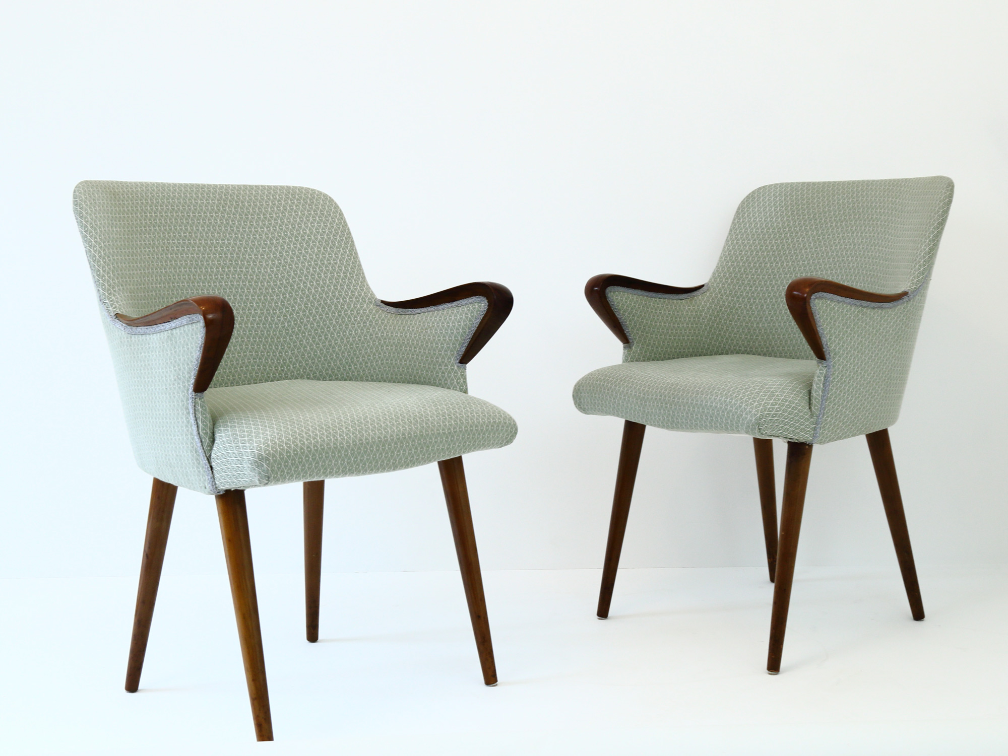 Norman Cherner Armchair by Plycraft • Cupio Gallery